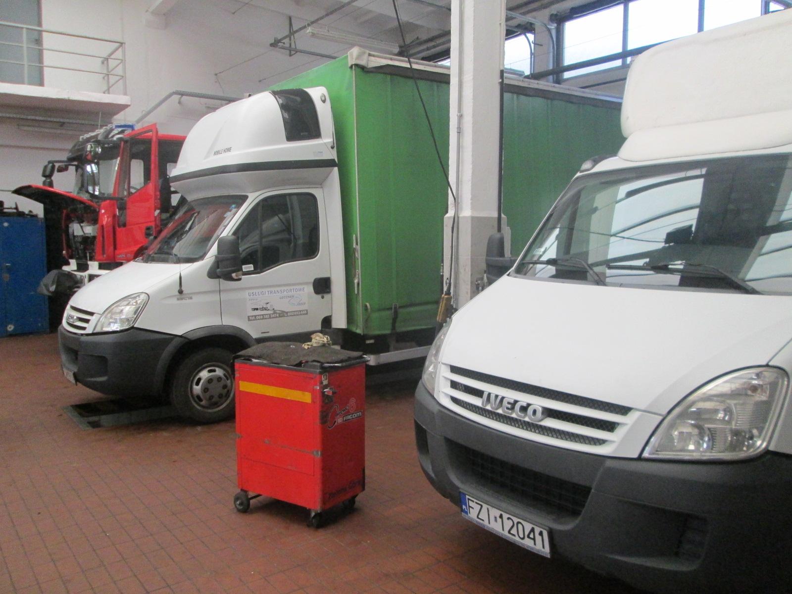 Wypozyczalnia samochodow dostawczych Warszawa (1)